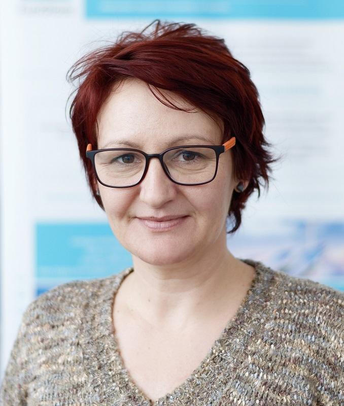 Andrea Chrastinová Kalinayová, Ph.D.